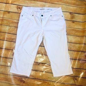 Sonoma 14 Petite Solid White Capris